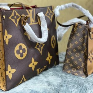 Louis Vuitton Monogram Canvas Onthego GM Top Handle Handbag